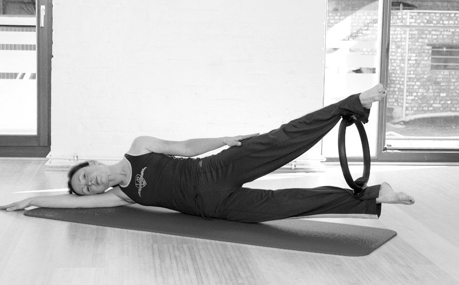 Pilates Circle Übung 19